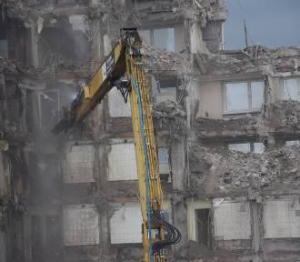 Burzą hotel Silesia Dwa segmenty to już tylko fasada ZDJĘCIA