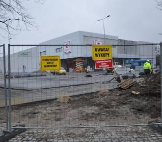 Wrocław. Nowy Kaufland będzie gotowy już za chwilę. Gdzie zostanie otwarty? [ZDJĘCIA]