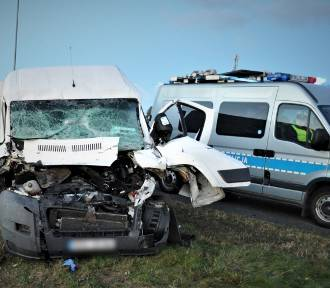 Policja pracowała na miejscu wypadku w Zabagnie i Swarożynie