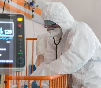 Śmiertelne żniwo epidemii w Polsce jest dużo większe, niż mówią oficjalne statystyki