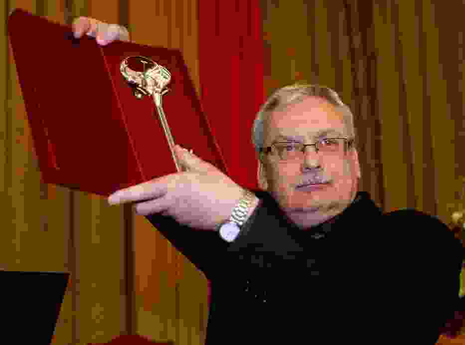 Łodzianin Andrzej Sapkowski wraca do przygód wiedźmina Geralta!