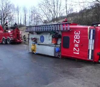 Strażacy z Wałbrzycha mają najbardziej pechowy wóz gaśniczy w Polsce (ZDJĘCIA)