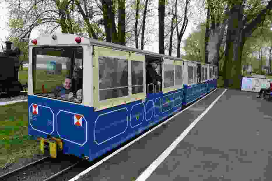 Kolejka Parkowa Maltanka znów kursuje w Poznaniu