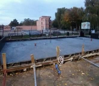 Malbork. Nowa miniatura zamku stanie w przyszłym roku, ale fundamenty zostały wylane [ZDJĘCIA]