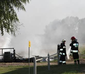 W Starym Widzimiu spłonął transformator - [Zdjęcia]