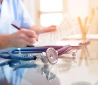 Medycyna pracy i szkolenia BHP a koronawirus. Jak wykonać niezbędne badania w czasie zagrożenia
