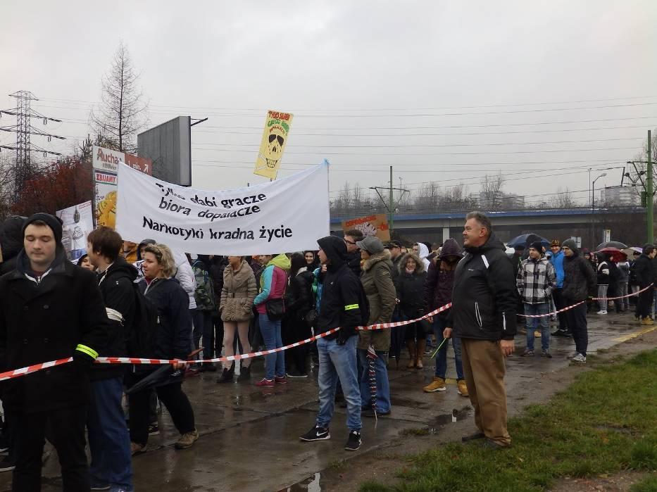 Marsz przeciw dopalaczom