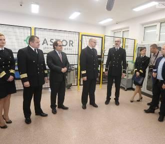 Akademia Morska w Szczecinie zakupiła nowoczesne roboty. Studenci nauczą się programowania