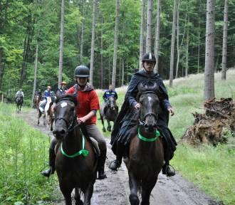 Wspomnień czar - otwarcie trasy konnej zwanej Pętlą Kolańską w 2012 roku. Idealny szlak dla miłośników