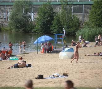 Ale upał, ale tłum! Katowiczanie uciekli z gorącego miasta na plażę na Dolinę
