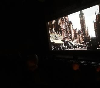 """Uroczysty pokaz filmu """"Niepodległość"""" w ECS [zdjęcia]"""