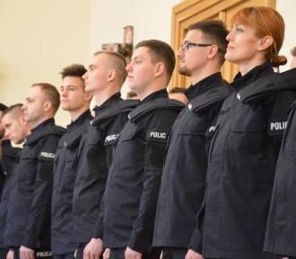 27 nowych policjantów złożyło ślubowanie [dużo zdjęć]