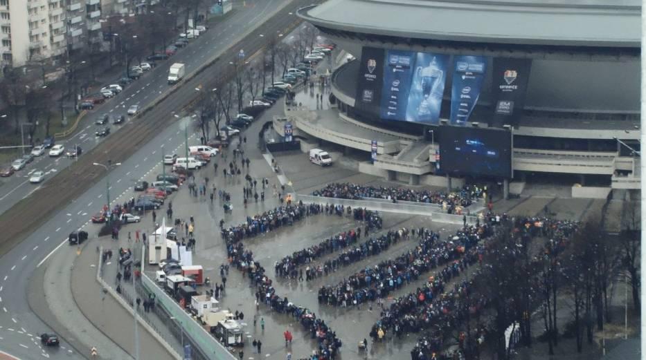 Tak wyglądała kolejka na IEM Katowice rok temu