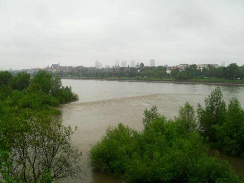 Nadchodzi fala powodziowa