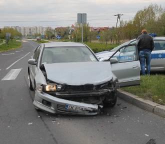 Wypadek na ulicy Sikorskiego w Legnicy [ZDJĘCIA]