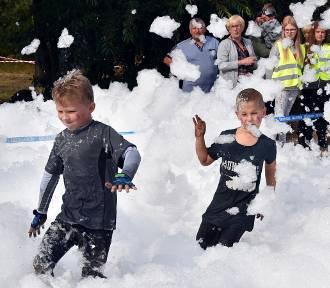 Około 100 dzieci wzięło udział w biegu z przeszkodami Miki Run [ZDJĘCIA]