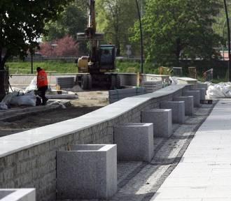 W Legnicy powstaje bulwar, zakończenie prac w tym miesiącu [ZDJĘCIA]