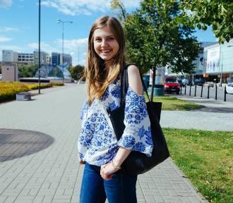 Street fashion w Warszawie, cz. 7. Dziewczęce stylizacje na upalne lato [ZDJĘCIA]