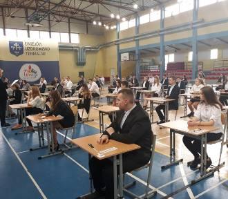 Egzamin gimnazjalny 2019 w Szkole Podstawowej w Uniejowie (ZDJĘCIA)