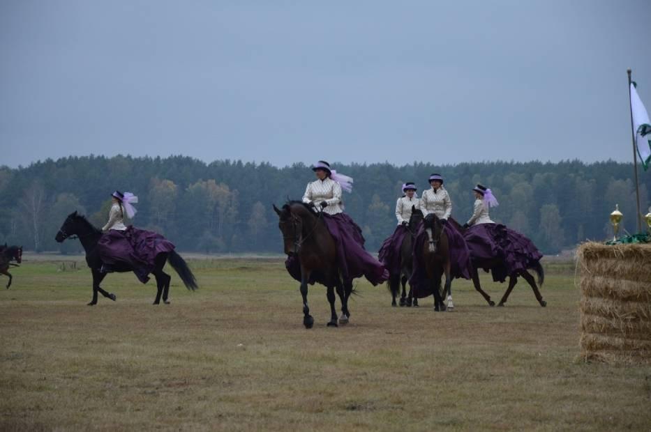 Hubertus jeździecki w Spale