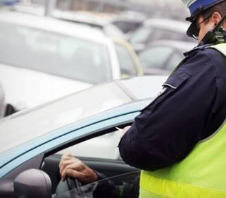 Co może policjant, a czego nie? Sprawdź, czy znasz swoje prawa [quiz]