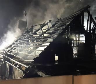 Pożar w Mostach: potrzebna pomoc dla osoby, która ocalała