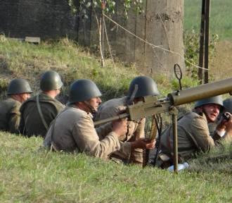 Inscenizacja walk z 1939 r na linii Beleń- Strońsko-Zagórzyce [zdjęcia]