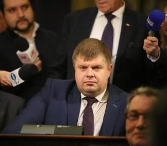 Sprawa Wojciecha Kałuży trafi do prokuratury. Jest podejrzany o korupcję polityczną