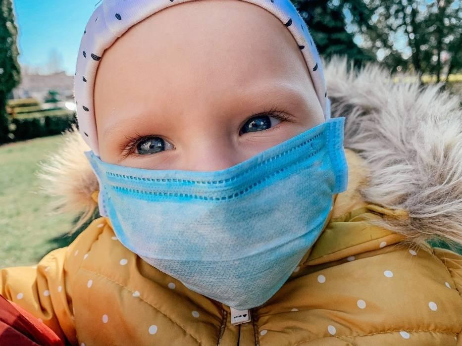 Dzieci nie muszą chronić się przed wirusem tak, jak dorośli, bo się nie zarażają