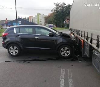 Będzin: Mając 3 promile alkoholu usiadł za kierownicą... i wjechał w TIR-a [ZDJĘCIA]