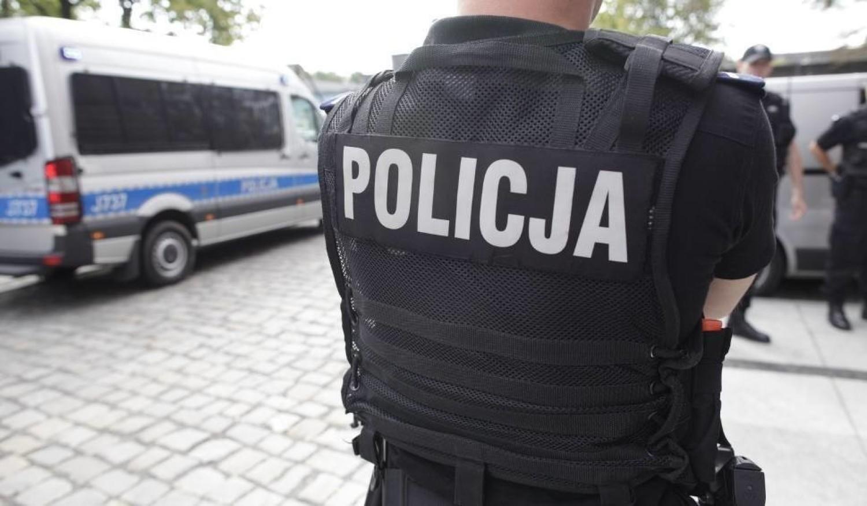Ile zarabia policjant? Jakie są wynagrodzenia, premie i stawki w policji? Wszystko zależy od stanowiska