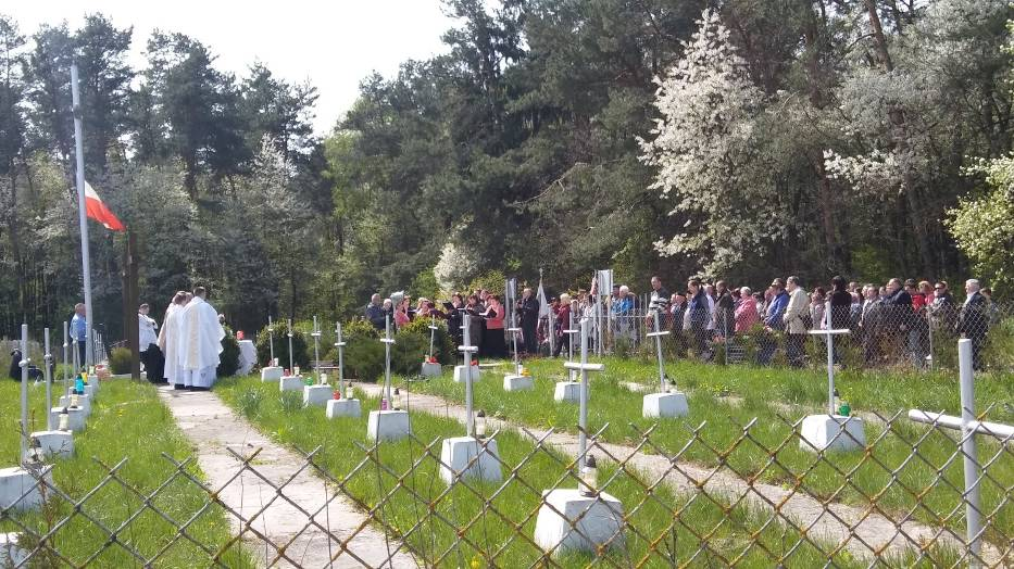 Stowarzyszenie Kresy-Pamięć i Przyszłość z Chełma - uroczystości w Bielinie