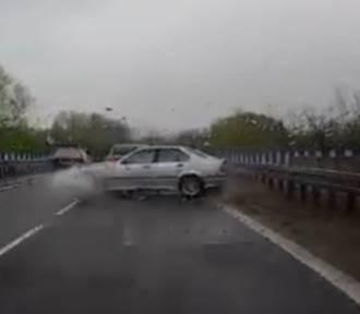 Katowice: Pijany kierowca BMW powoduje wypadek, ucieka... i idzie na piwo [WIDEO]