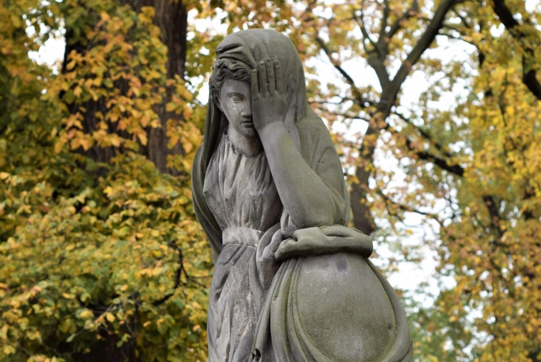 """Nekropolie na kaliskiej Rogatce. Cmentarz ewangelicko-augsburski w Kaliszu, inaczej """"Luterska Górka"""""""