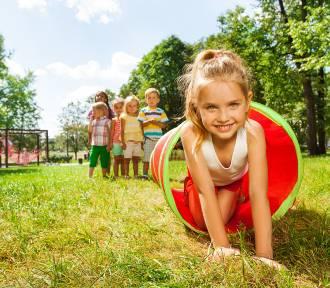 Zabawa na zewnątrz, czyli o pobycie dziecka na świeżym powietrzu