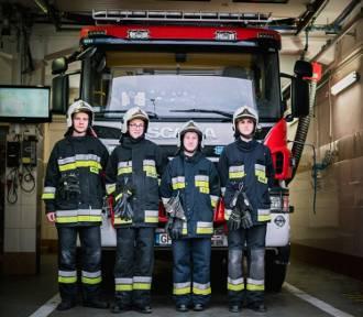 Tak rodzą się bohaterzy: strażacy powiatu puckiego