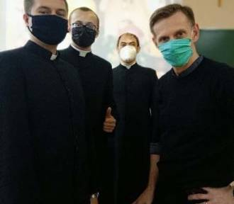 Diakoni WSD w Łowiczu odbyli praktyki katechetyczne w ZSP nr 2 [ZDJĘCIA]