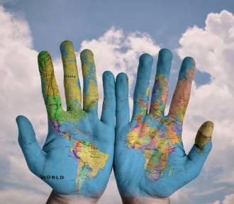 Na TE gesty uważaj zagranicą!