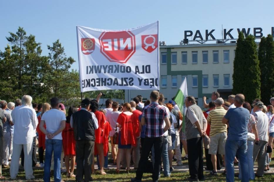 Protest przed konińską kopalnią