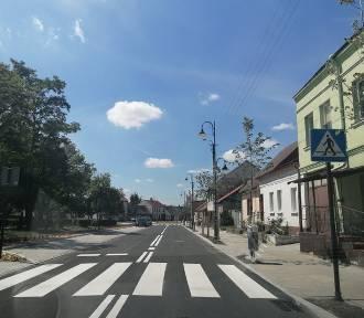Powiat pleszewski wsparł rewitalizację Placu 1 Maja w Choczu