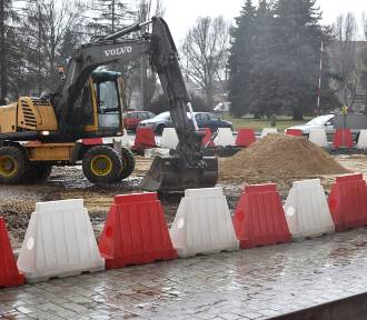 Droga krajowa w Krośnie wciąż wymaga remontów. Kto załata dziury?