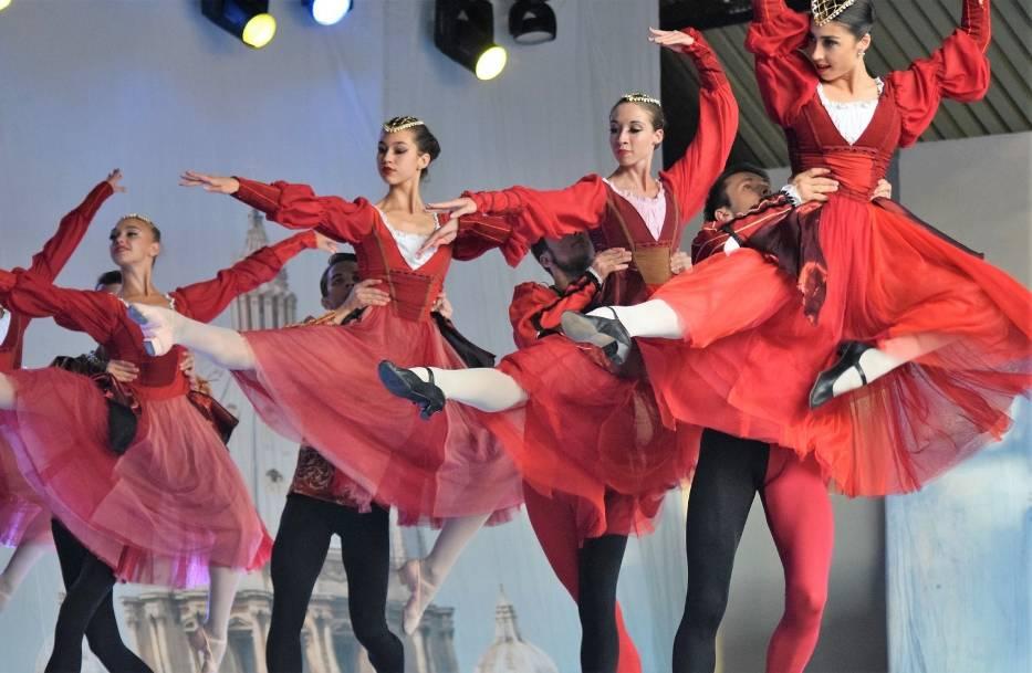 """Pod znakiem baletu """"Romeo i Julia"""" Siergiusza Prokofjewa, wykonaniu Royal Lviv Ballet (Lwowski Narodowy Akademicki Teatr Opery i Baletu), upłynął drugi i zarazem ostatni dzień Inowrocławskiej Gali Operowo-Operetkowej"""