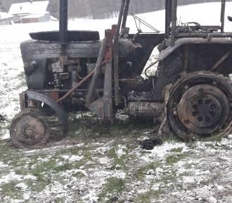W pożarze stracili dwa ciągniki i maszyny rolnicze, trwa zbiórka na pomoc pogorzelcom