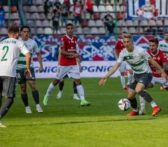 Lechia drugi raz w tym sezonie straciła dwa gole przewagi. Takich meczów było więcej
