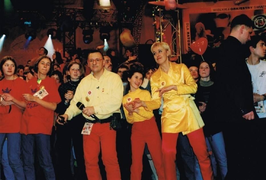 Już pierwsze finały Wielkiej Orkiestry Świątecznej Pomocy wygenerowały tradycję, która trwa do dziś