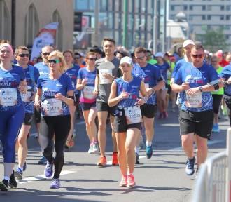 5 maja biegacze opanują Poznań. Trzeba liczyć się z utrudnieniami