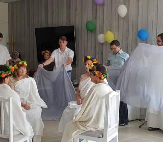 Pełne tajemnic wody Świtezi, czyli zajęcia teatralne w Domu Chłopaków