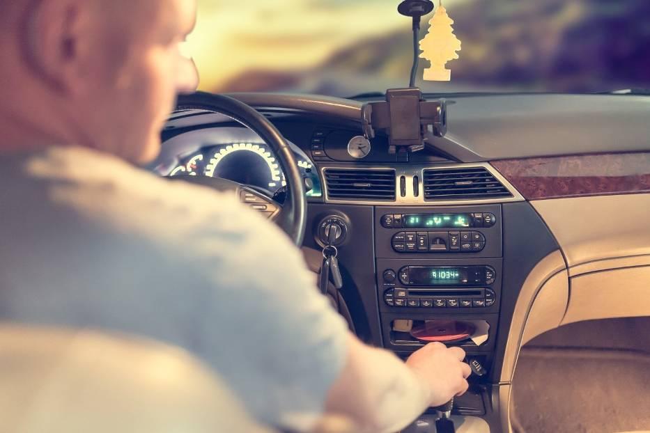 #7 Za zbyt wolną jazdęNie tylko zbyt duża prędkość stanowi zagrożenie dla ruchu - zbyt mała również