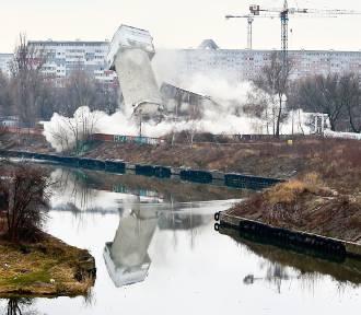 Wielki wybuch na Popowicach we Wrocławiu [ZOBACZ ZDJĘCIA I FILM]