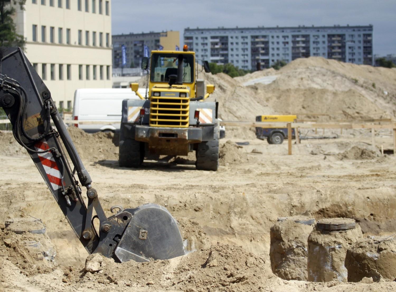 Zasób dobrze położonych i skomunikowanych działek budowlanych z każdym rokiem się kurczy, szczególnie w dużych miastach